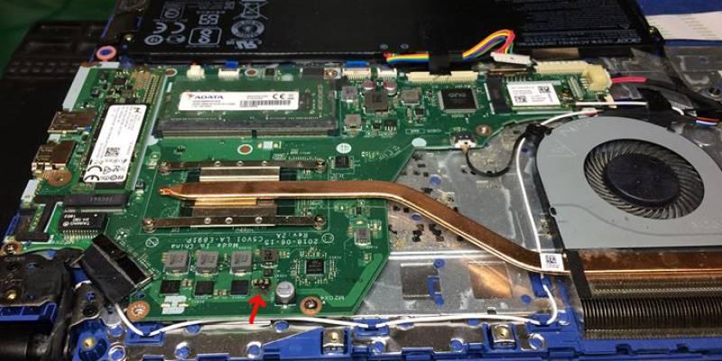 Zlecenie do naprawy : Laptop Acer Aspire 3.