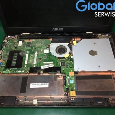 """Dzisiejsze zlecenie : Laptop Asus 💻 Usterka : Dźwięk czasami przestaje działać, głośniki """"trzeszczą""""."""