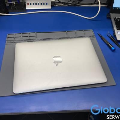 MacBook Air 13″ 2017r.
